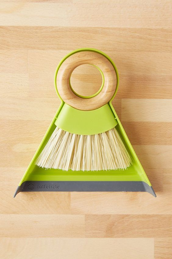 Full Circle Mini Dustpan
