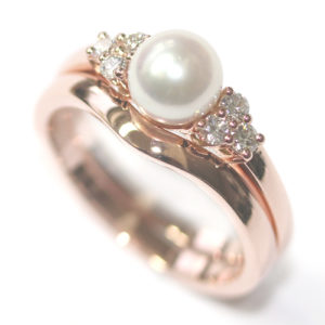 18 insanely gorgeous pearl engagement rings - Pearl Wedding Ring
