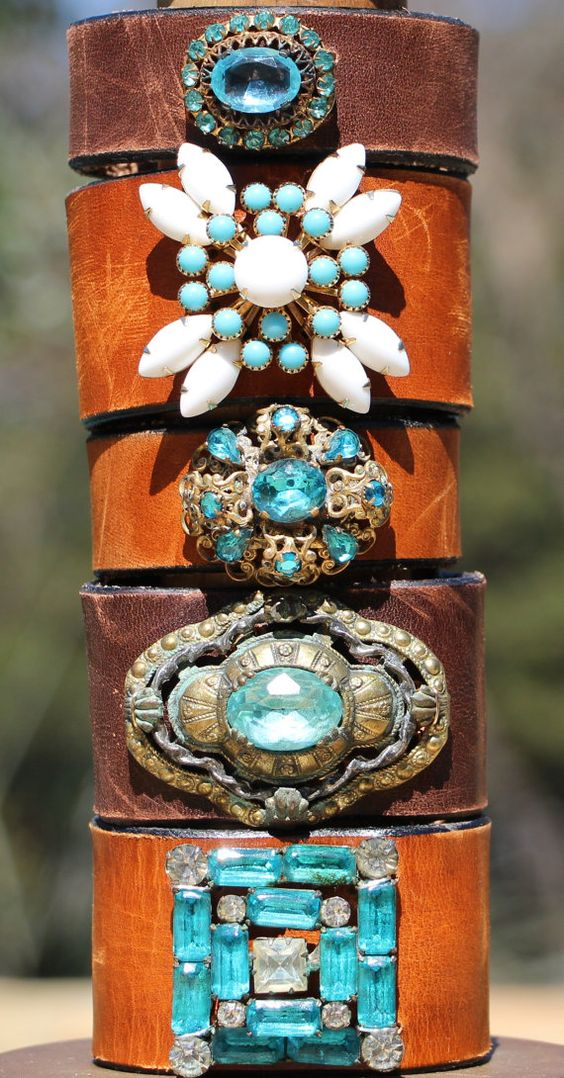 24 really beautiful vintage jewelry accessories