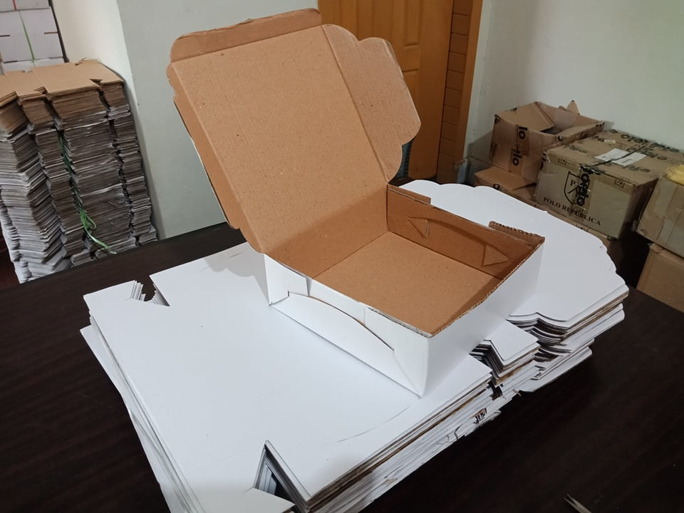 Where to buy shipping boxes