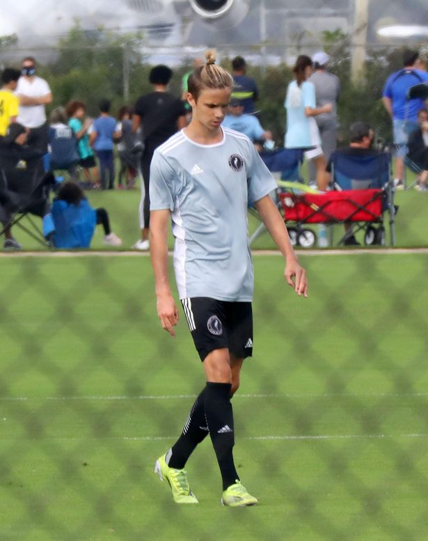 Who Does Romeo Beckham Play For